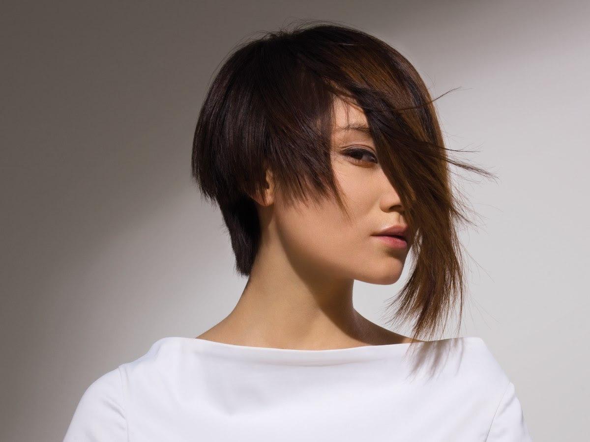7 Model Rambut Wanita Yang Akan Membuatmu Tampak Lebih Langsing