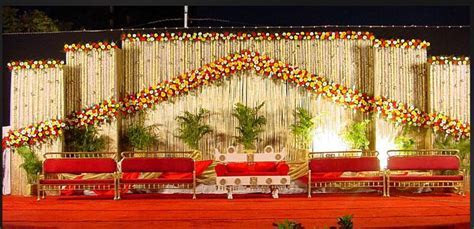 A WEDDING PLANNER: Indian wedding stage decorations and