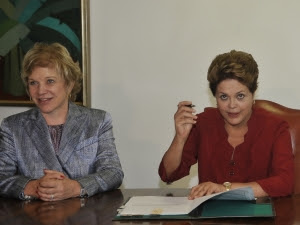 Dilma sanciona projeto de lei que cria o Vale-Cultura