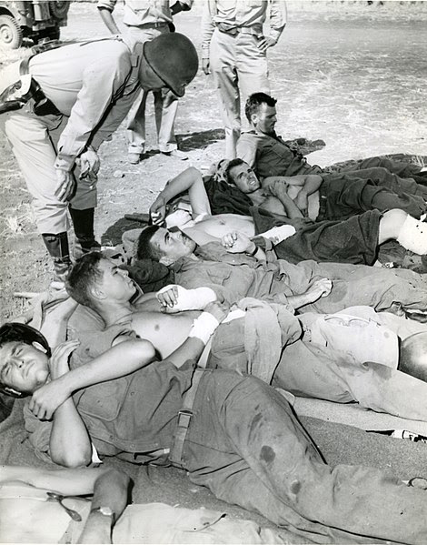 File:Wounded-on wayto-hospital-RG-208-AA-158-A-015.jpg