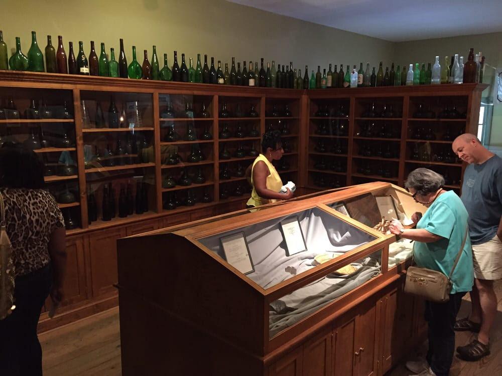The Williamsburg Winery - Williamsburg, VA, United States. Museum room