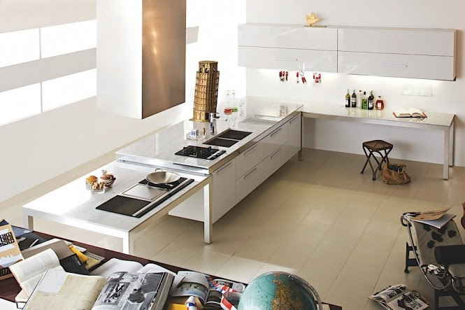 White glossy kitchen cabinets