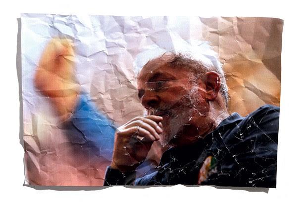 ESTRATÉGIA Lula em campanha pela reeleição de Dilma. Ele acha  que o PT só reagirá se Dilma conseguir reagir (Foto: Foto: J. F. Diorio/Estadão Conteúdo)