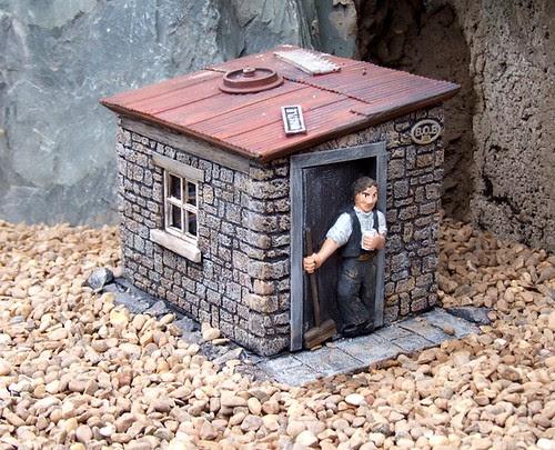 Grotty Hut