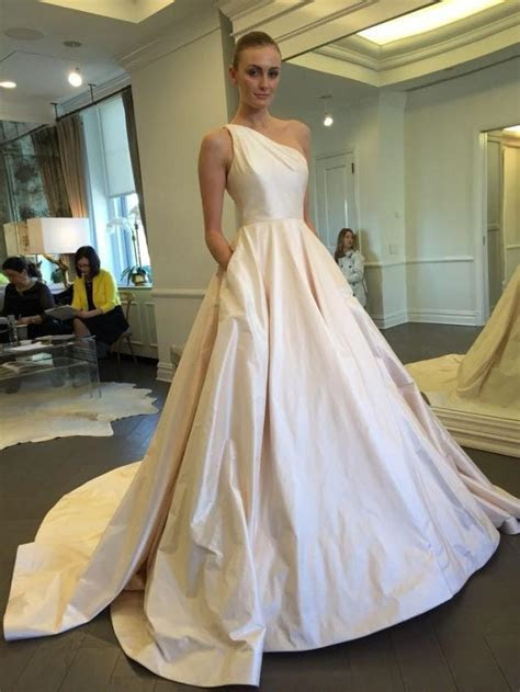 Exquisite One Shoulder Wedding Dresses Ivory Taffeta