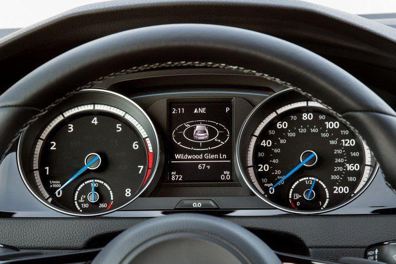 2016 Volkswagen Golf R Hatchback Review | 2017 - 2018 Best ...