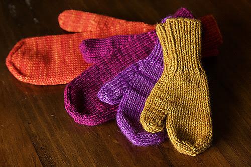 mitaines tricotées pour homme, femme et enfant The World's Simplest Mittens par tincanknits