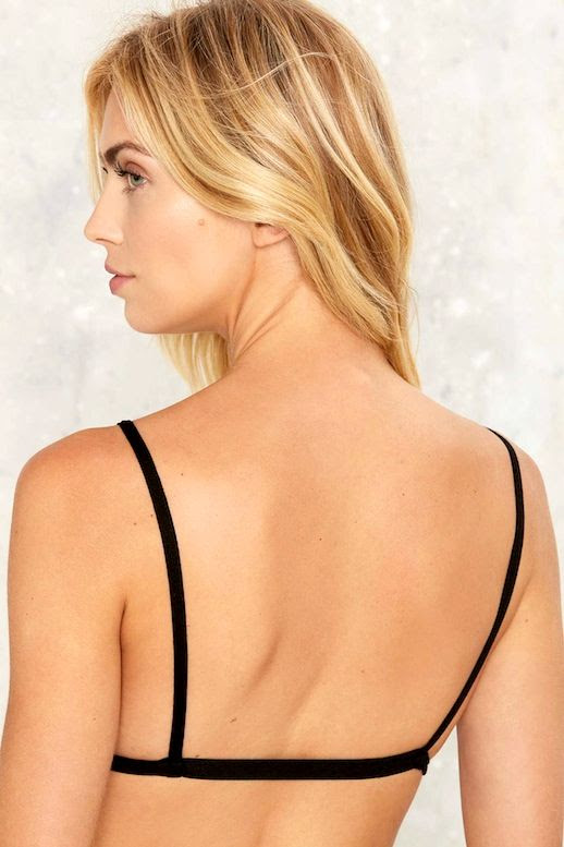 Le Fashion Blog Blonde Wavy Hair Under $25 Black Simle Back Design Bra Via Nastygal