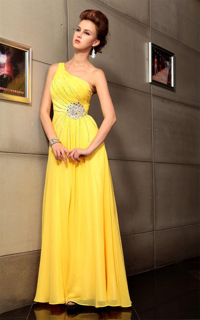 Evening dresses yellow