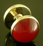 Art Deco carnelian spool cufflinks. (J9232)