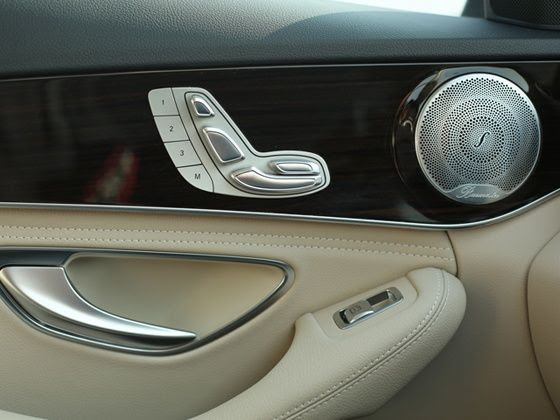 New 2015 Mercedes-Benz C-Class comes with electrically adjustable front seats