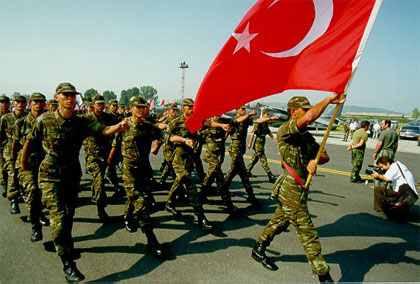 Χουριέτ: Ξεκληρίζει… τις τουρκικές ένοπλες δυνάμεις!