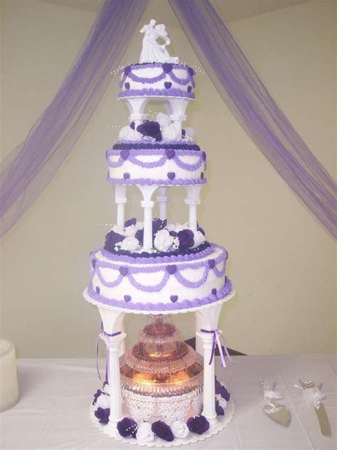 Wedding Cakes with columns     wedding cake w fountain