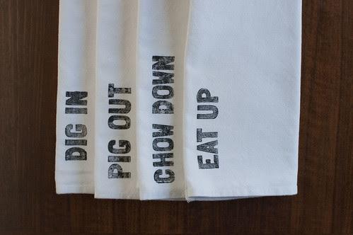 """""""four phrases"""" napkin set"""