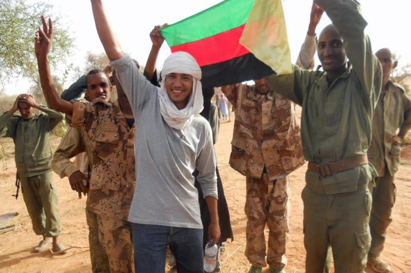 File:Les rebelles touaregs joignent leurs forces dans le nord du Mali (8248043080).jpg