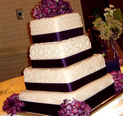 Custom unique artistic fondant birthday and wedding cake