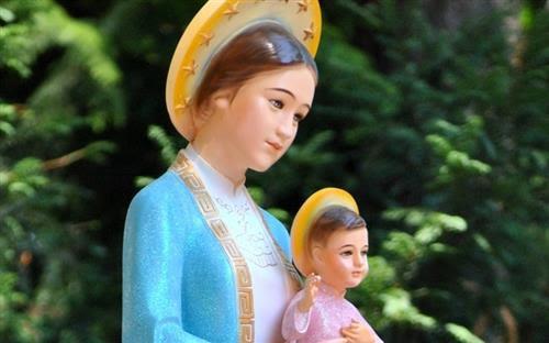 Hãy siêng năng chạy đến với Mẹ Maria