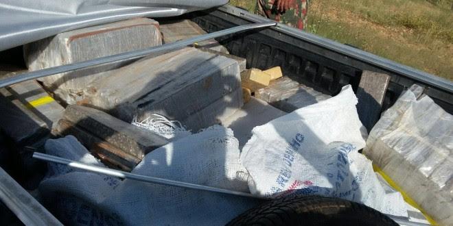 Droga era transportada na carroceria de um veículo tipo Saveiro