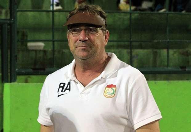 Robert Rene Alberts kecewa gagal beruji coba melawan Arema FC