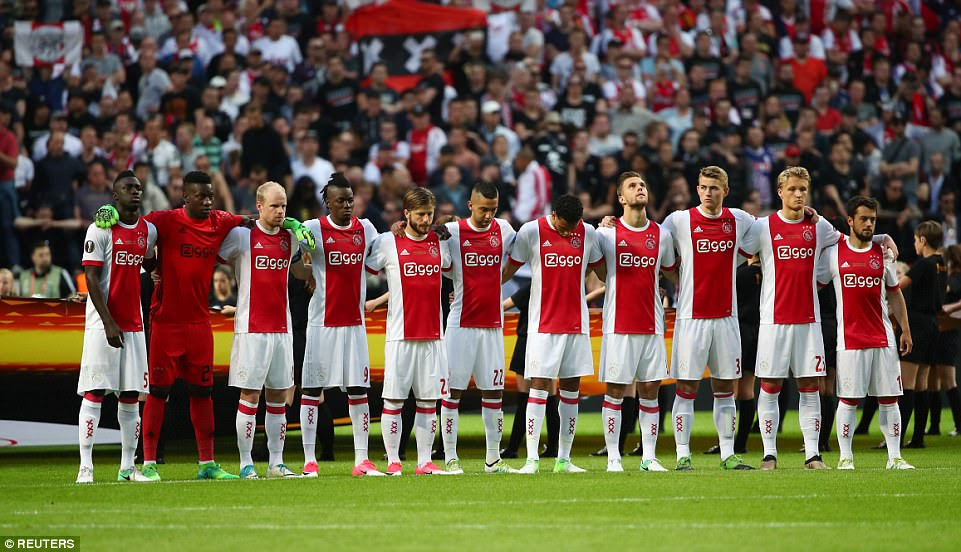 The Ajax players also respectfully observed the minute's silence prior to kick off at the Europa League final