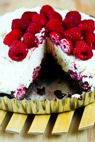Raspberry white chocolate tart in tin (1 of 1)