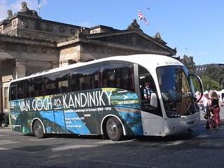 Art bus