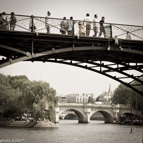 21051155 by Jean-Fabien - photo & life™