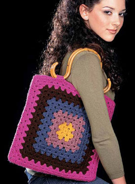Granny (not so) Square Tote Pattern -  Crochet Patterns
