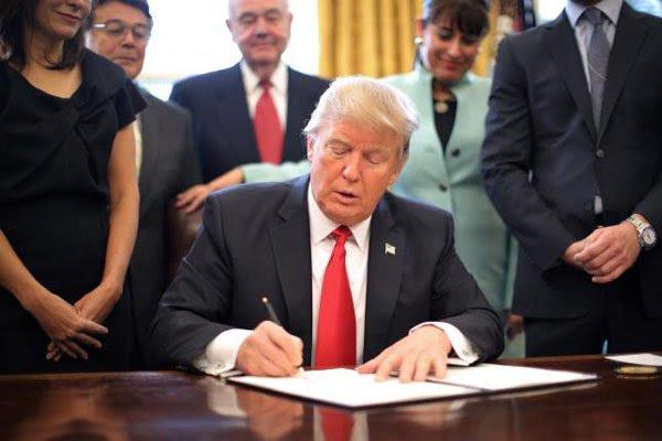 Tướng Hưởng bàn về chính trị thế giới dưới thời Donald Trump - Ảnh 1.
