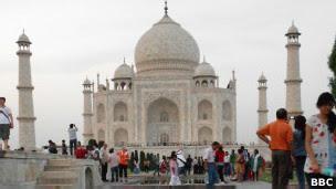 Taj Mahal verdadeiro, em Agra | Foto: BBC