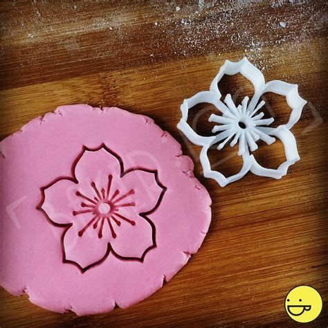 Cherry Blossom Flower cookie cutter   biscuit cutters