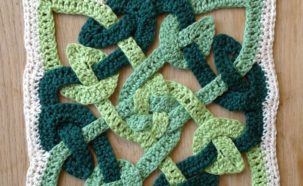 Suvi S Crochet Celtic Knot Motif