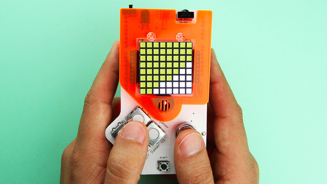 A Handheld Gaming Console You Can Build and Program Yourself