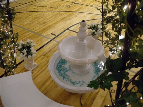 garden wedding fountain rental