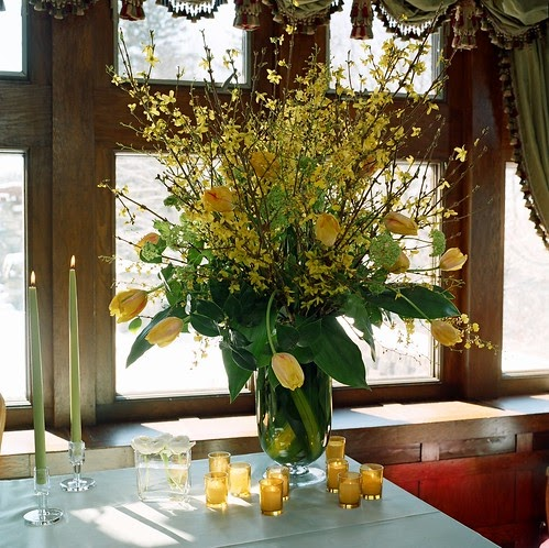 Wedding Designs Wedding Table Tall Arrangement With Tulips Forsythia