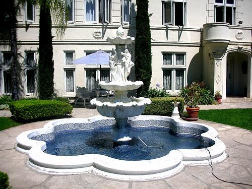trianon fountain