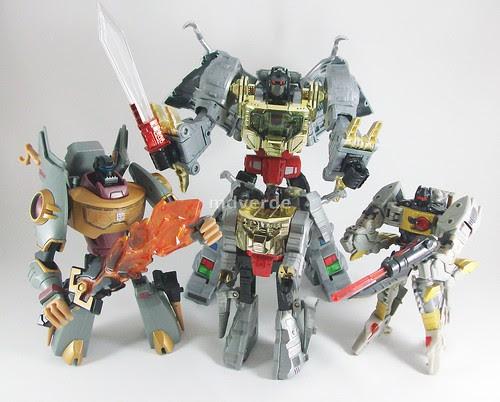 Transformers Grimlock Masterpiece - modo robot con todos los Grimlocks