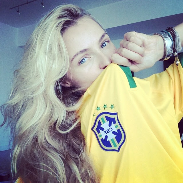 valentina brazil World Cup 2014: Models Showing Love for Their Teams
