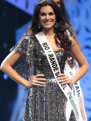 A Miss Rio Grande do Sul, Gabriela Markus, durante o concurso de beleza Miss Brasil 2012, realizado no Centro de Eventos do Ceará, em Fortaleza (Foto: Mister Shadow/AE)