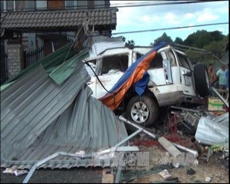 Hình ảnh Nguyên nhân vụ tai nạn giao thông thảm khốc, 3 người chết ở Bình Phước số 1