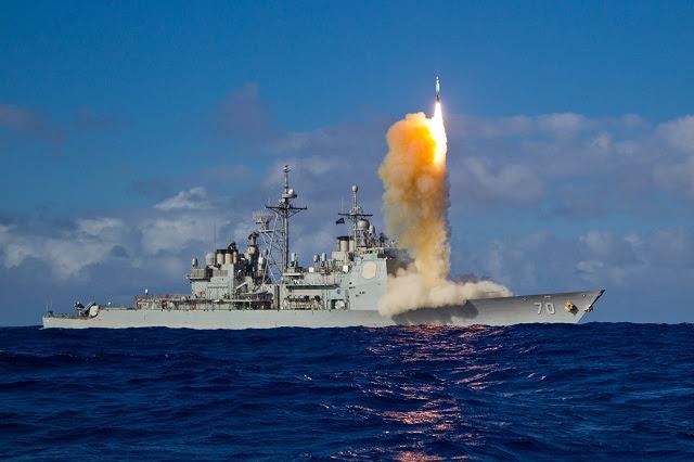 Raytheon Company obtuvo un contrato de $ 218,530,196 por la Agencia de Defensa de Misiles para completar el montaje y la entrega de 29 misiles IB Misil-3 Bloque estándar. Lanzado de buques de la Armada de Estados Unidos, interceptores SM-3 protegen los EE.UU. y sus aliados por destruir las amenazas de misiles balísticos de corto, mediano y mediano alcance entrantes al chocar con ellos en el espacio.