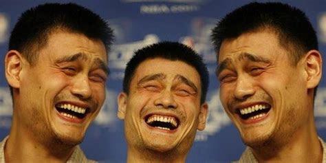 penjelasan ilmiah  kita tertawa  atas penderitaan