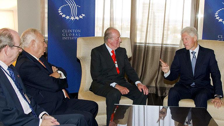 Clinton muestra al rey su confianza en España