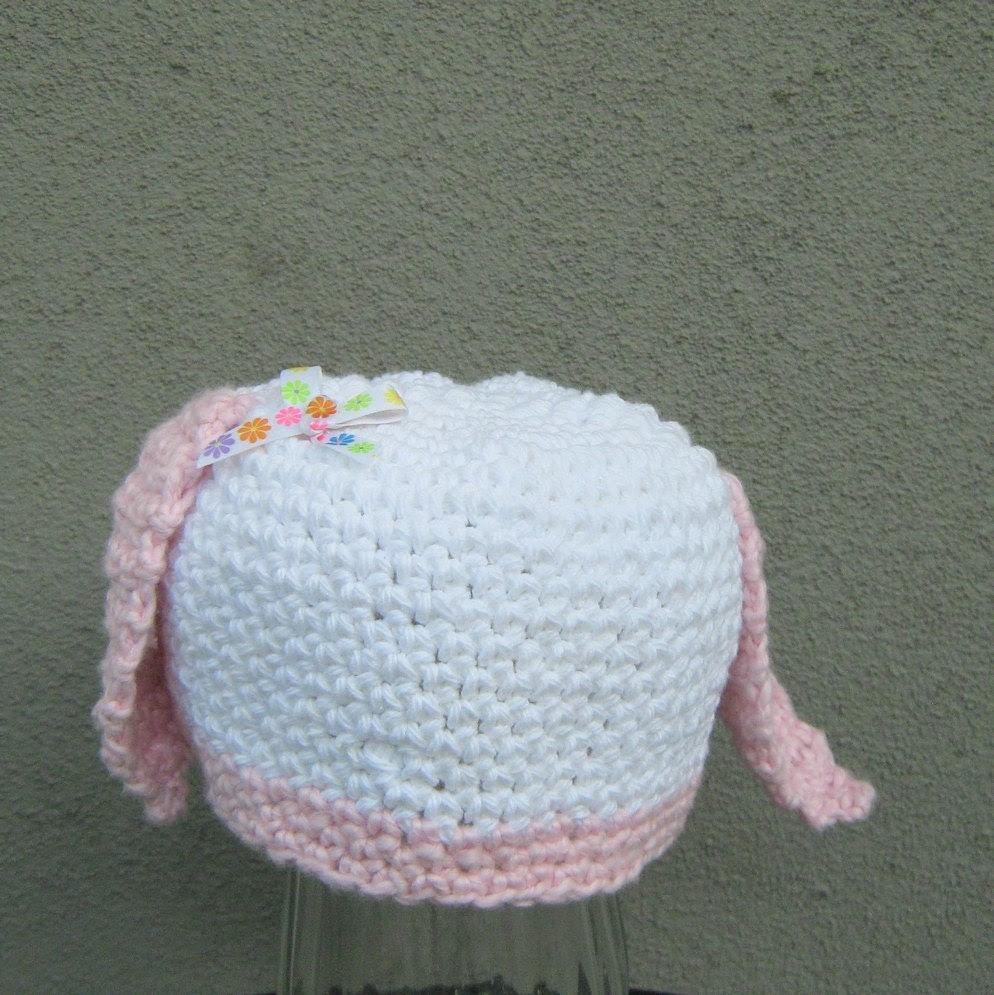 baby bunny beanie/ white cotton