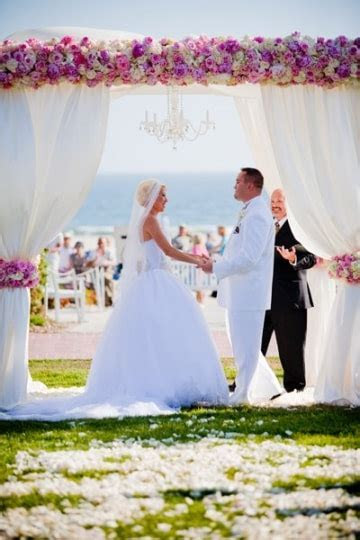 2Wed4Life.com ~ Pastor Carlos Sales   Officiant