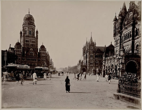 Street Scene of Bombay (Mumbai) - 1880
