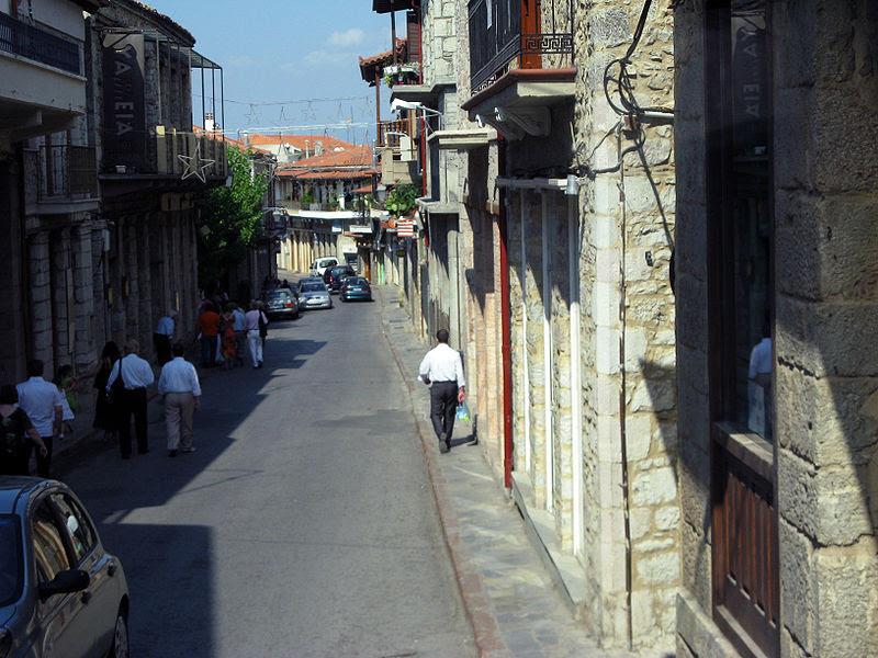 800px-Arachov%D0%B0_Delfon_street