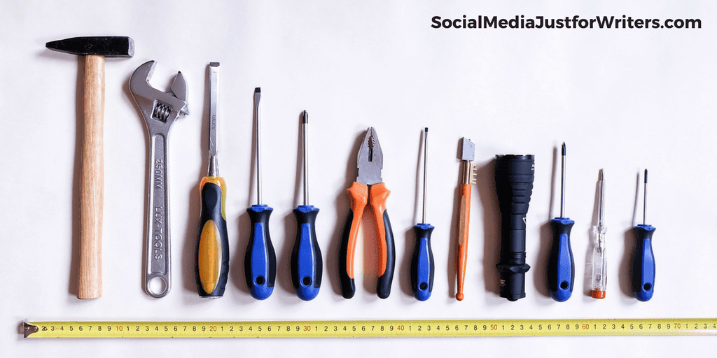 14 Twitter Apps and Tools for Writers by Frances Caballo on Social Media Just for Writers