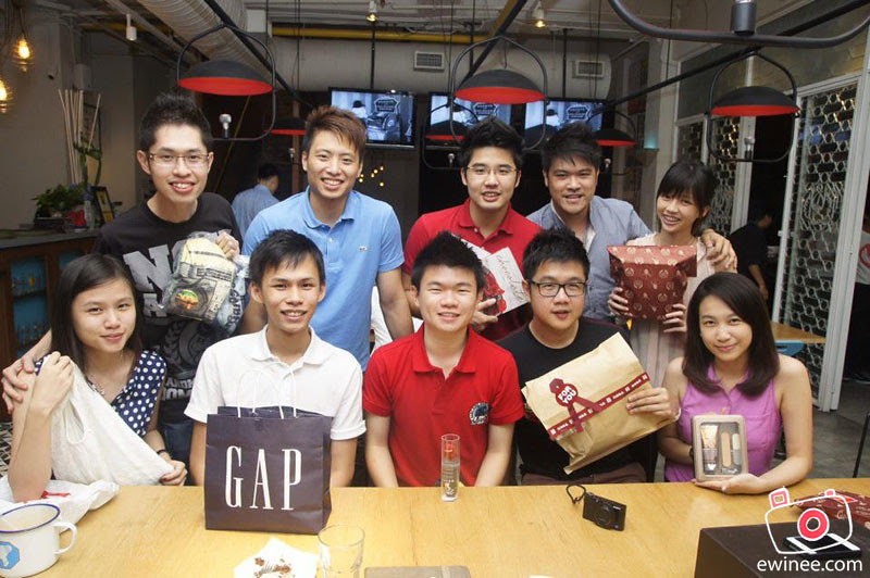 SECRET-SANTA-WONDER-MAMA-BANGSAR-2012-group-photo