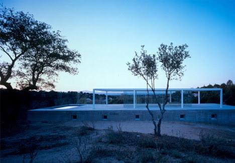 High Modern Home Minimalist Glass On Concrete Design Designs Ideas On Dornob
